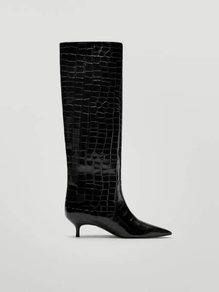 Bottes en cuir noir imprimé animal, Massimo Dutti, 219 €.