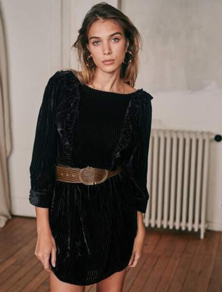 Robe Marcelle en velours noir, 150 €, Sézane.