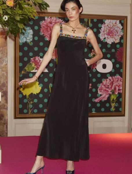 Robe Hailey noire à bretelles embellies, 520,95 €, Rixo.