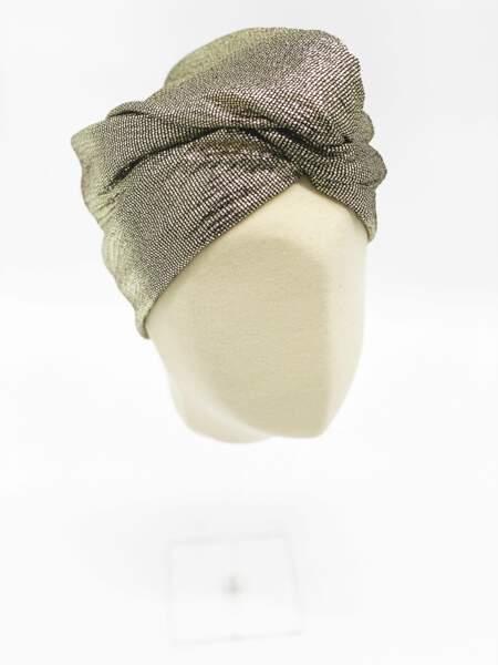 Turban Sequin en tissu, Paloma Germain, 65 € sur facetofaceparis.com