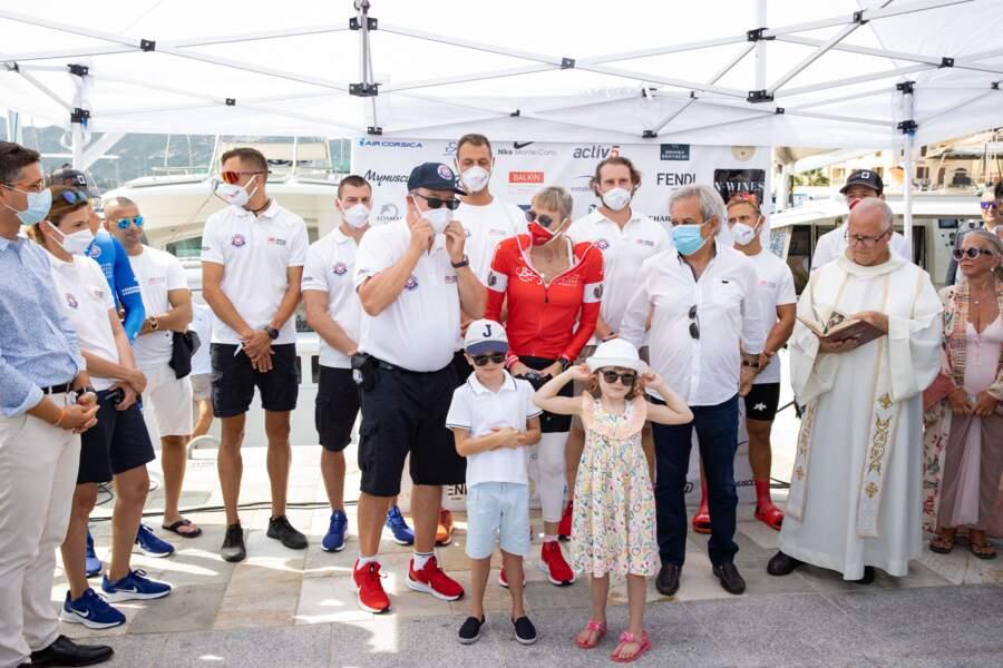 """12 septembre 2020 : Jacques et Gabriella, premiers supporters de la princesse Charlène au départ de la 3ème édition de la course caritative """"The Crossing : Calvi-Monaco Water Bike Challenge""""."""