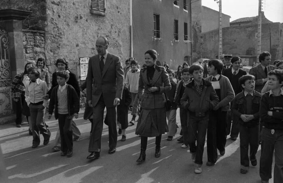 Valéry Giscard d'Estaing et sa femme Anne-Aymone lors des législatives de 1978.