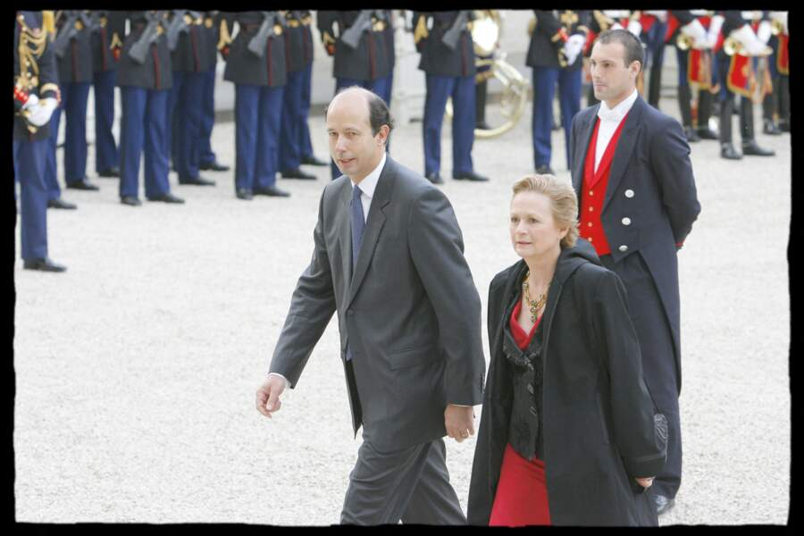 Le fils cadet de Valéry Giscard d'Estaing, Louis Giscard d'Estaing et sa femme à leur arrivée au Palais de l'Elysée en 2008.