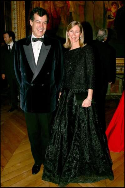 Le fils de Valéry Giscard d'Estaing, Henri avec sa femme Ina au château de Versailles en 2006.