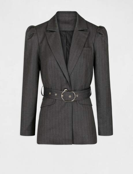 Veste blazer droite ceinturée - Iris Mittenaere x Morgan, 90 €