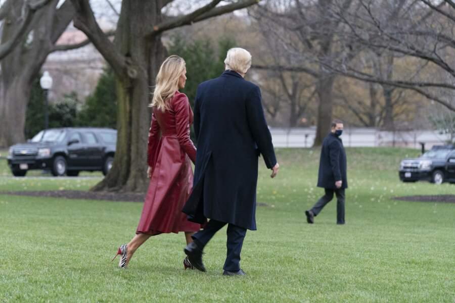 Melania et Donald Trump ont passé la journée du samedi 5 décembre 2020 en Géorgie, auprès de militants politiques criant à la fraude lors de l'élection présidentielle américaine officiellement remportée par Joe Biden.