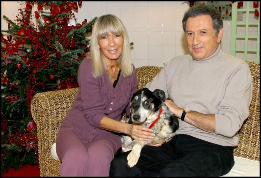 À Noël 2005 Michel Drucker et Dany Saval, grands amoureux des animaux, agrandissent leur famille en adoptant Tommy.