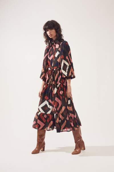 Robe chemise longue imprimé motifs géométriques, 145€, Suncoo Paris