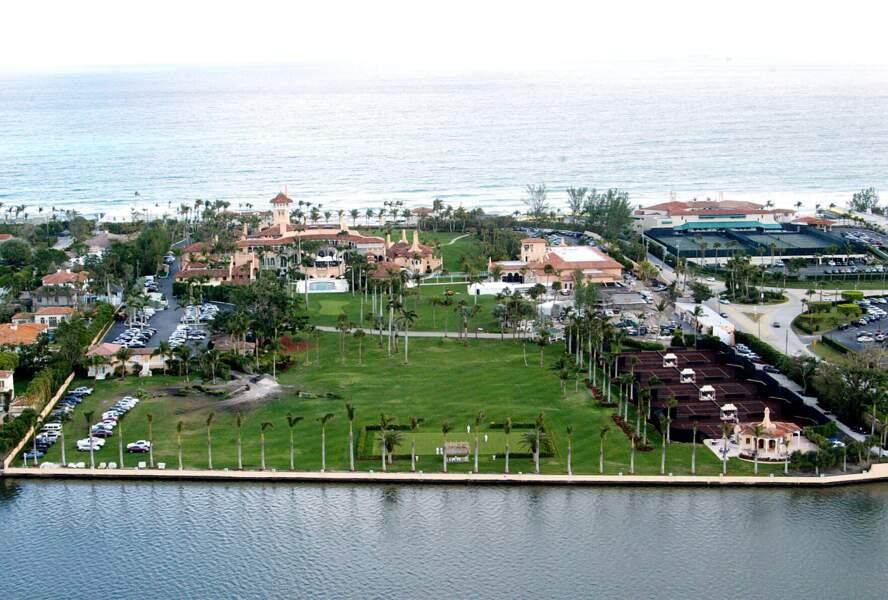 Après la cérémonie d'investiture de Joe Biden, Melania et Donald Trump s'installeront à Mar-a-Lago.