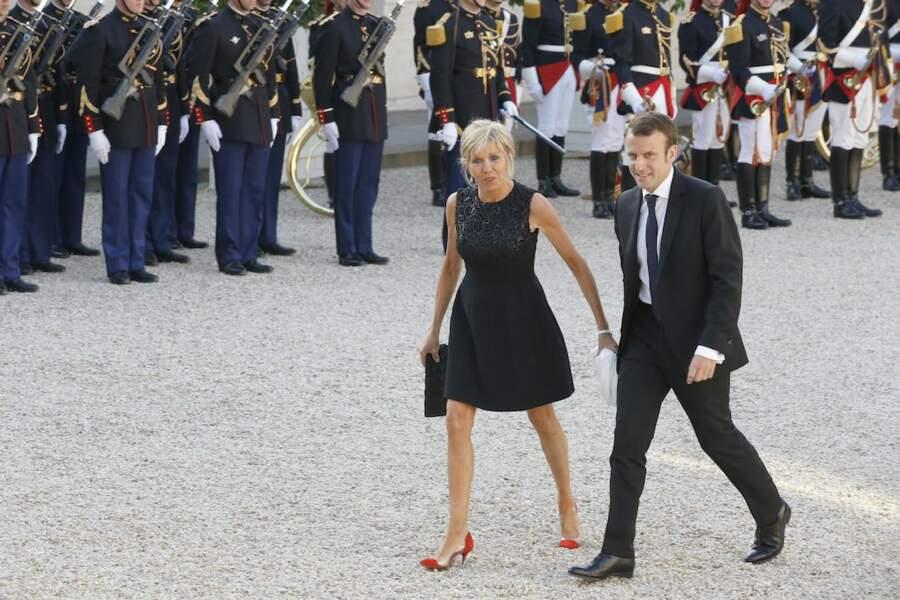 La première fois qu'Emmanuel Macron est apparu en couple, c'était en 2015 à l'occasion d'un diner offert aux souverains espagnols