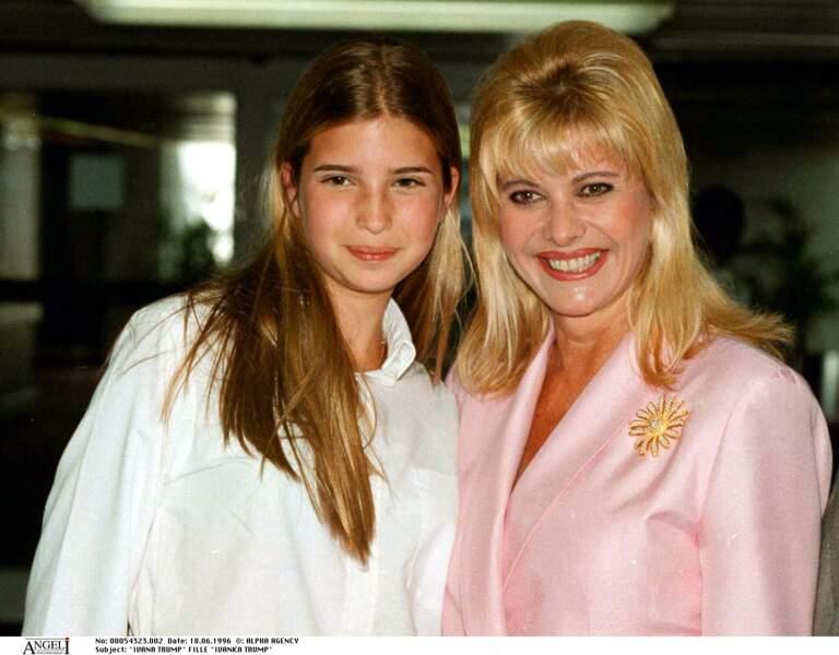 Ivanka Trump, avec sa mère Ivana, en juin 1996.