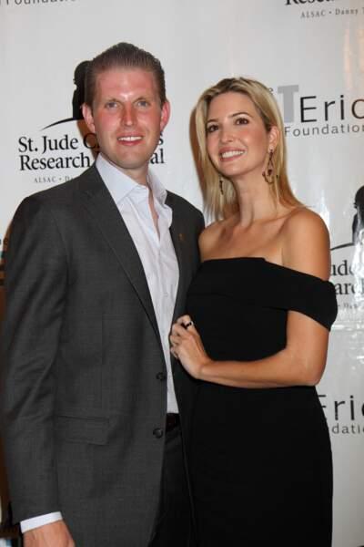Ivanka Trump, avec son frère cadet Eric lors du 8ème tournoi de golf annuel Eric Trump, à New York, le 15 septembre 2014.