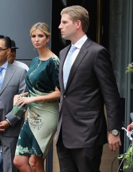 """Ivanka Trump et Eric Trump, après une conférence de presse annonçant le lancement de leur nouvel hôtel le """"Trump International Hotel & Tower"""", à Vancouver, le 19 juin 2013."""