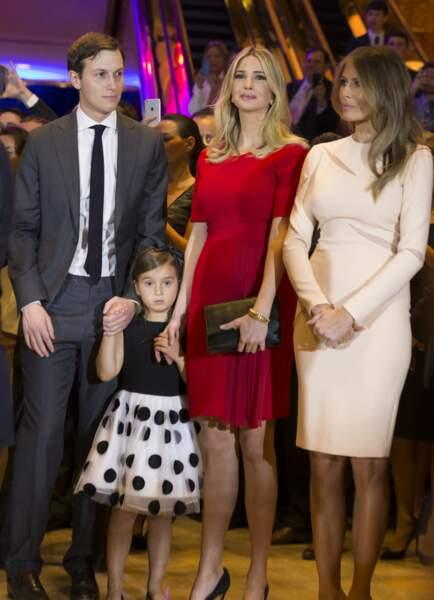 Ivanka Trump, avec son époux Jared Kushner, sa fille aînée Arabella et sa belle-mère, Melania Trump, en avril 2016.