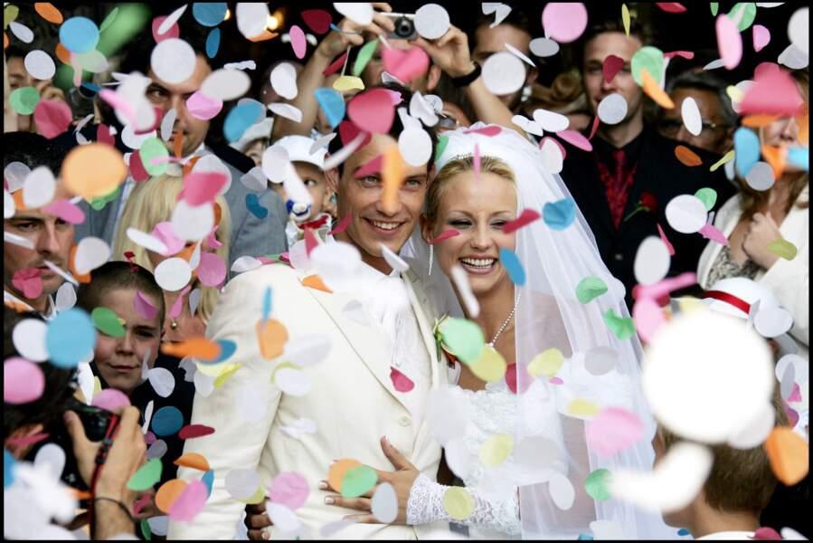 Elodie Gossuin et Bertrand Lacherie très émus lors de leurs noces.