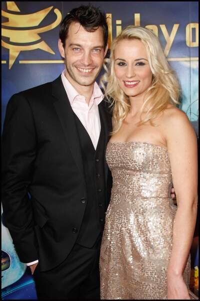 Sortie en amoureux pour Elodie Gossuin et Bertrand Lacherie pour la première de Holiday on Ice en 2012.