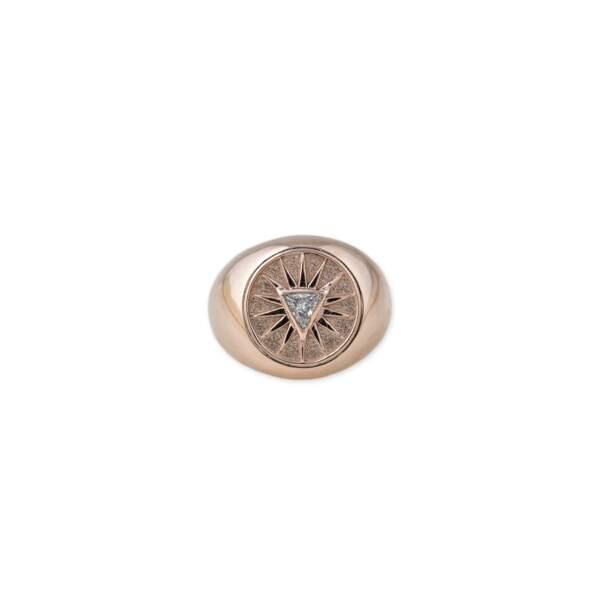 Chevalière en or rose 18 carats, diamant, Jacquie Aiche, 1500 €.