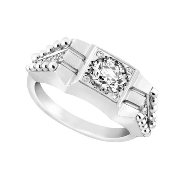 Chevalière Be you Be free  GAYA DE GARNAZELLE, collection Wedding or blanc 18 ct et diamants, 2200 €.