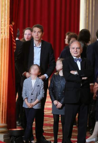 Sébastien Auzière, sa fille Camille, Emma et Jean-Michel Macron à l'Elysée, le 14 mai 2017.