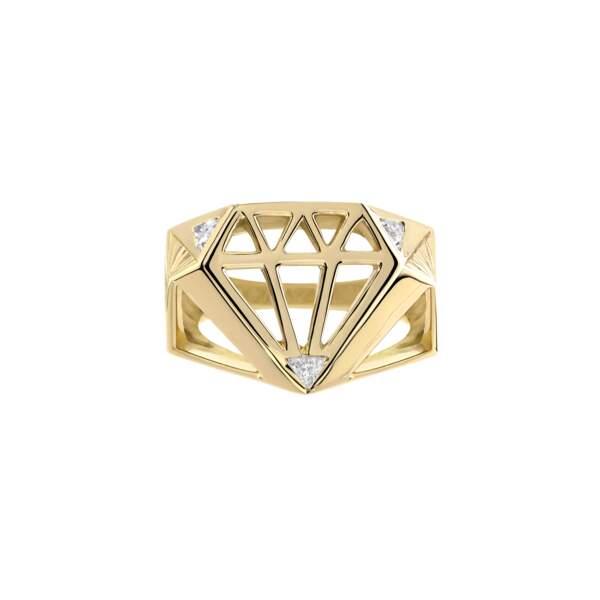 Bague Classic Or, or jaune 18 K recyclé et diamants, FLAV Joaillerie X Le Diamantaire, 4800 €.
