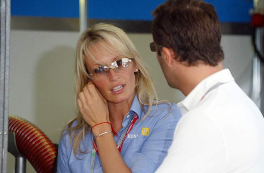 Estelle Lefébure et Arthur, ensemble lors du Grand Prix de Formule 1 de Monaco, en juin 2003.