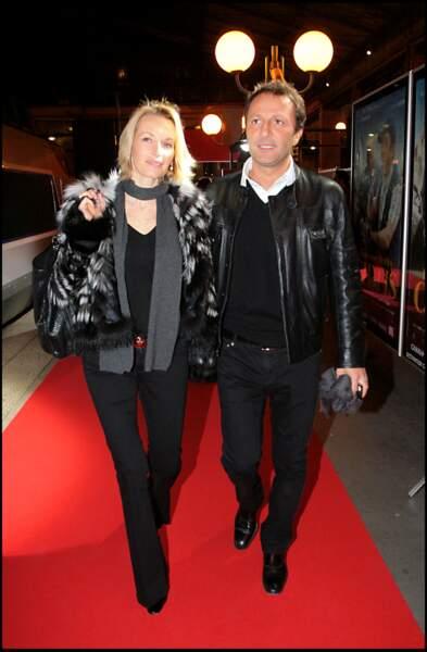 Estelle Lefébure et Arthur, ensemble à l'avant-première de Bienvenue chez Ch'tis, à Lille, le 18 février 2008.