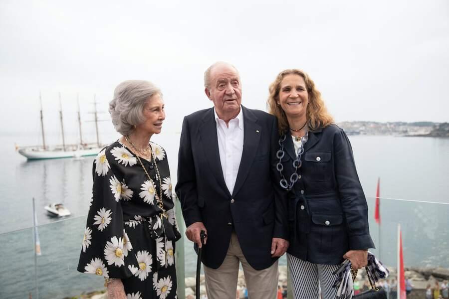 Juan Carlos eut compter sur le soutien de sa fille l'infante Elena (à droite)