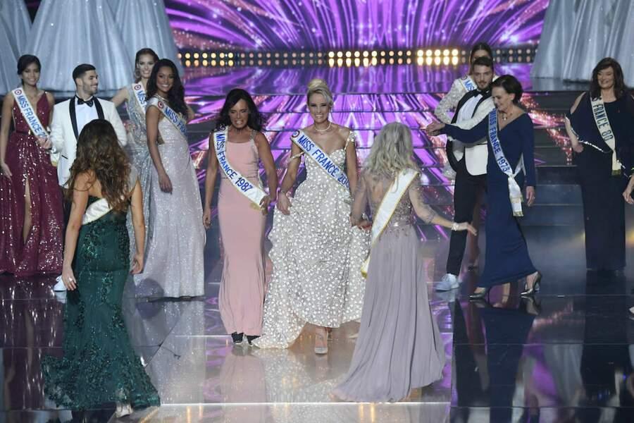 Nathalie Marquay et Elodie Gossuin à l'ouverture de l'élection de Miss France 2021