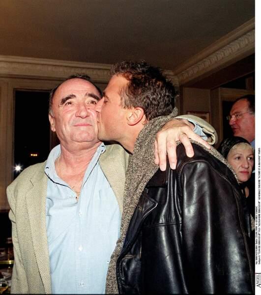 Claude Brasseur avec son fils Alexandre Brasseur lors de la générale d'A tort et à raisons.