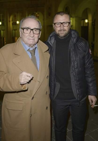 """Claude Brasseur et son fils Alexandre - Générale de la pièce """"La porte à côté"""" au Théâtre Édouard VII à Paris, le 10 fevrier 2014."""