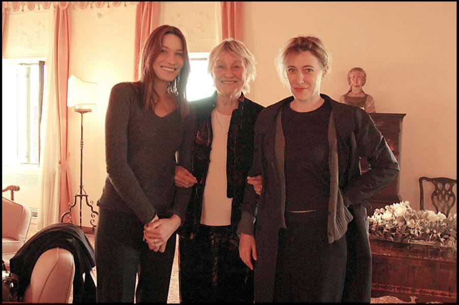 Carla Bruni, sa soeur Valeria et leur mère Marisa.
