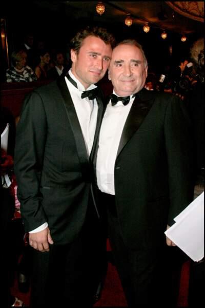Claude Brasseur toujours complice avec son fils Alexandre Brasseur lors de la 21ème nuit des Molières.