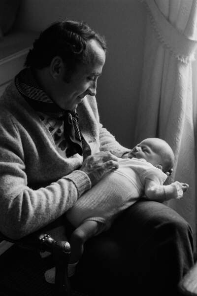 Claude Brasseur à la naissance de  son fils Alexandre Brasseur en 1971.