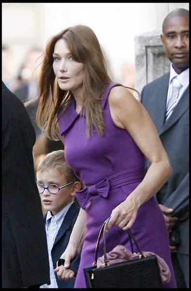 Carla Bruni et son fils, Aurélien, fruit de son union avec Raphaël Enthoven (en 2007)