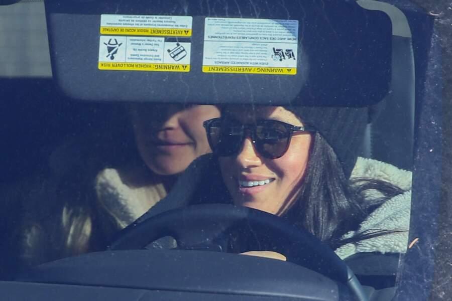 Meghan Markle en voiture à l'aéroport de Victoria, au Canada