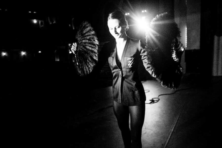 Veste en jersey noir et monogramme ZZ, Yves Saint Laurent, collection haute couture des années 1970. Estimation : 1000-2000 €
