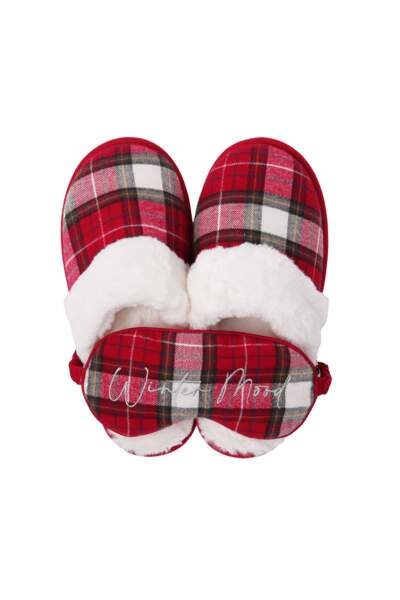 "Set chaussons mules fourrés et masque ""Winter Mood"", 24,99 €, Etam"