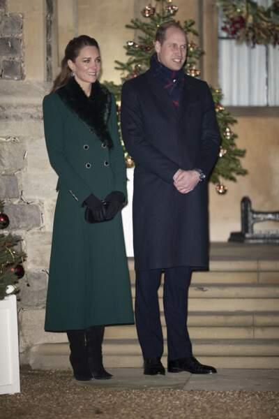 Kate Middleton et le prince William, duc de Cambridge - La famille royale se réunit devant le chateau de Windsor pour remercier les membres de l'Armée du Salut et tous les bénévoles qui apportent leur soutien pendant l'épidémie de coronavirus (COVID-19) et à Noël le 8 décembre 2020.