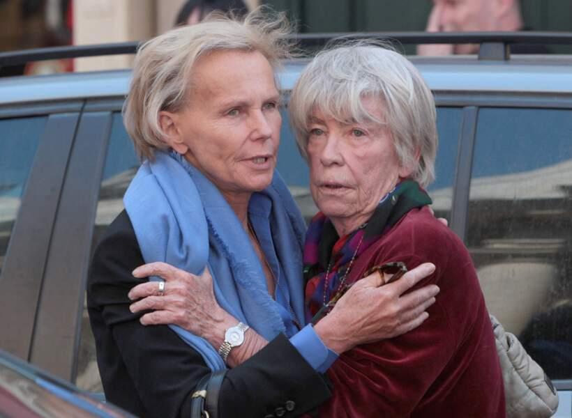 Evelyne Pisier, ici avec Christine Ockrent à l'hommage à sa soeur Marie-France Pisier en 2011, a choisi de prendre le parti de son mari, Olivier Duhamel et n'a pas soutenu ses enfants.