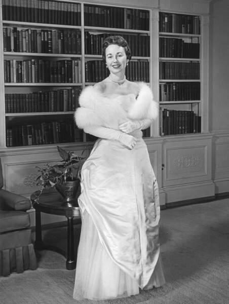 Barbara Eisenhower, lors du bal d'investiture, le 19 janvier 1957.