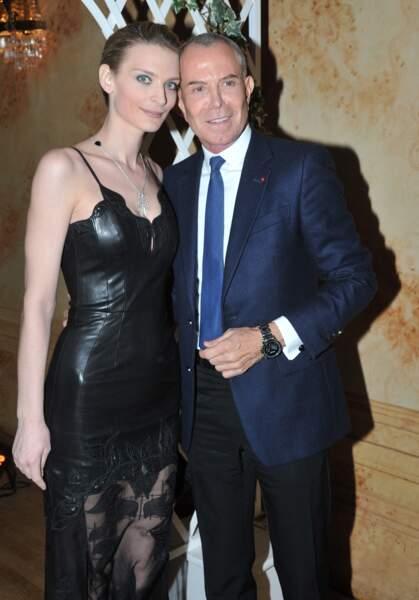 Sarah Marshall en robe en cuir Jean-Claude Jitrois à Paris le 19 novembre 2013.
