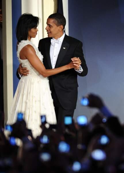 Michelle et Barack Obama, lors du bal d'investiture du premier mandat de Barack Obama, le 20 janvier 2009.