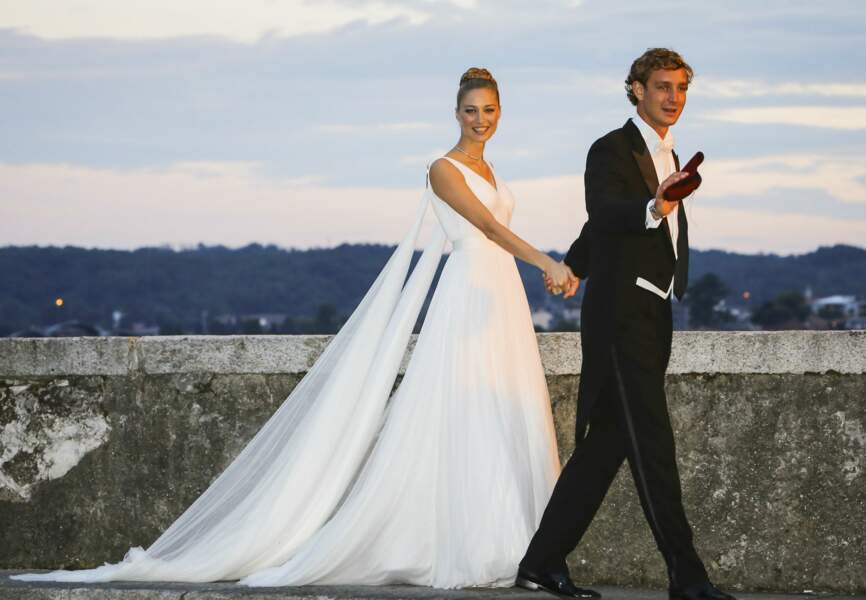Samedi, Beatrice Borromeo a épousé Pierre Casiraghi en Italie