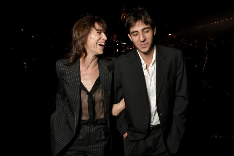 Charlotte Gainsbourg et son fils Ben Attal à Paris, le 24 septembre 2019 pour la Fashion Week