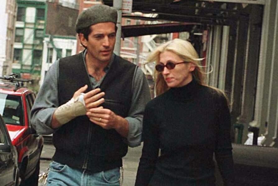 John John Kennedy et Carolyn Bessette, à New York, en en octobre 1997.