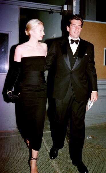 John John Kennedy et Carolyn Bessette, à la soirée Art Society's New York, en octobre 1998.