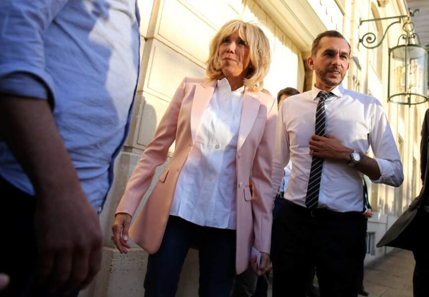 Autre personne qui ne quitte que très rarement la Première dame : son directeur de cabinet Pierre-Olivier Costa