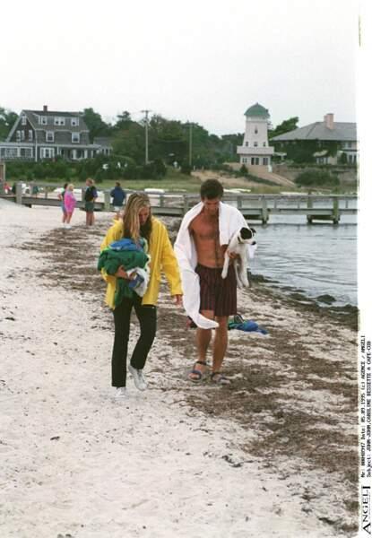 John John Kennedy et Carolyn Bessette, en septembre 1995 au Cap Cod, dans le le Massachusetts.
