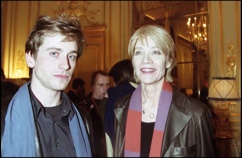 Françoise Hardy est très proche de son fils, Thomas Dutronc