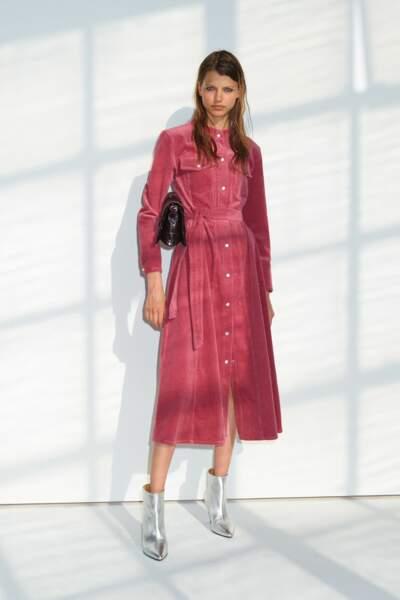 Robe midi en velours côtelé avec coupe trapèze, 179€, Samsoe